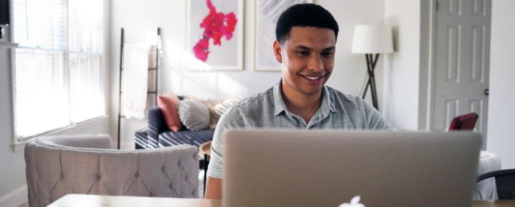 Las redes sociales en el trabajo, ¿aliados o distractores?
